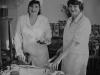 Кухарі пункту гарячого харчування цеху робітничого постачання Т. О. Телятник і Г. О. Максімко