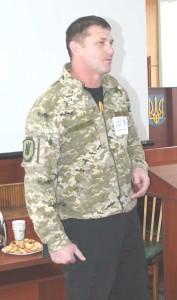 волонтер-2